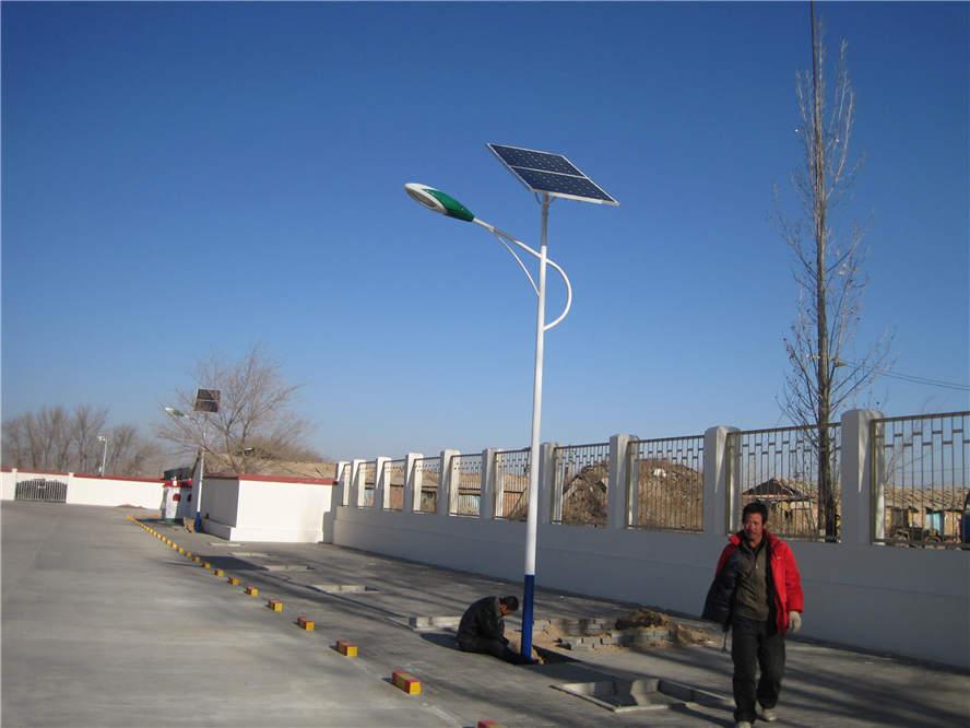 太阳能灯具3.jpg